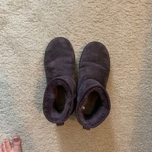 Purple uggs worn once size 8